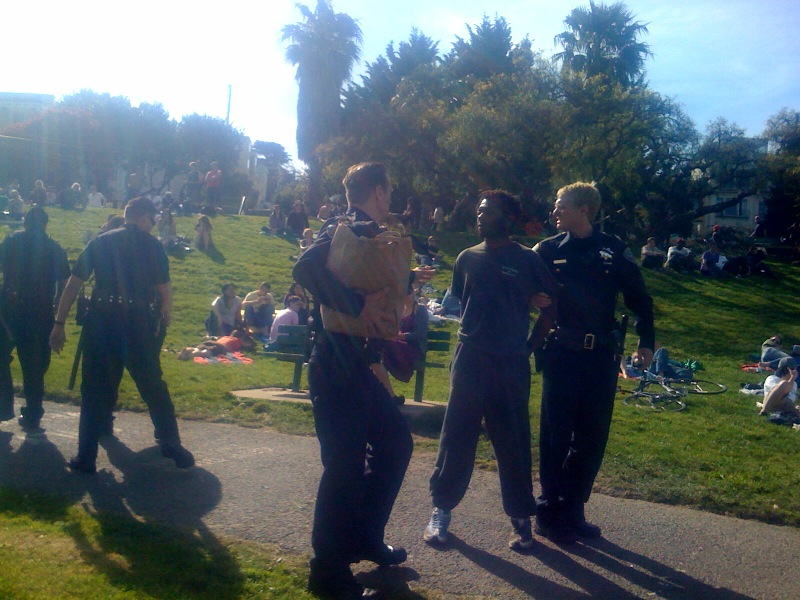 cops-converge-on-dolores-park-tweaker
