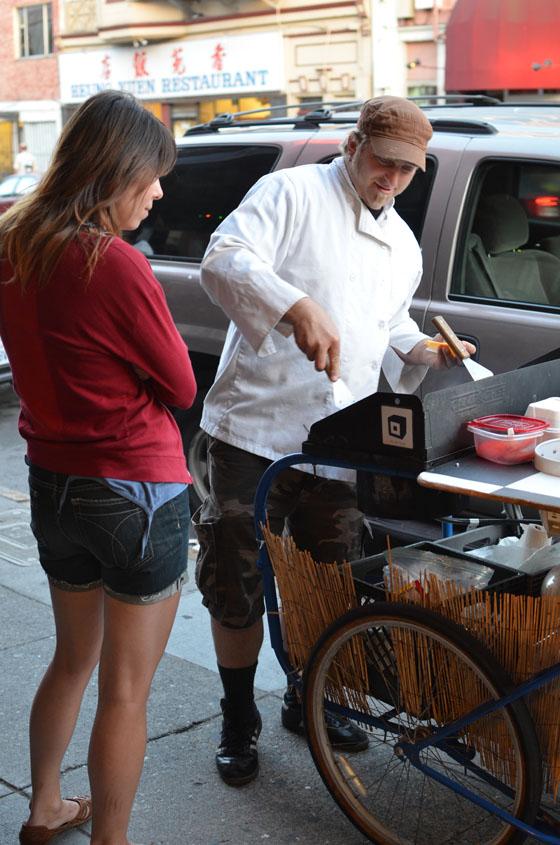 magic curry kart, thai burger, basil burger, food, hamburger, food cart, san francisco, mission district