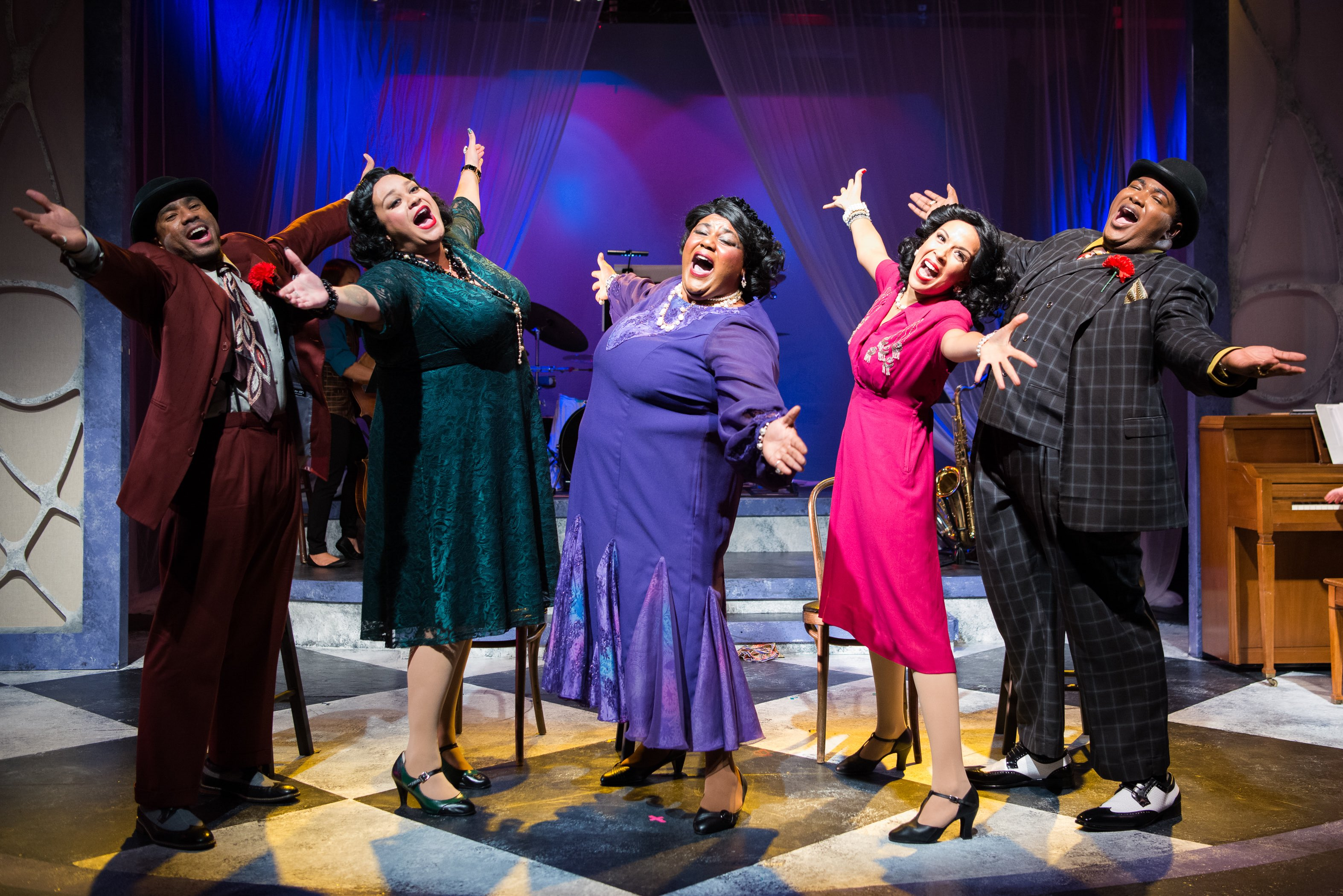 The Cast of AIN'T MISBEHAVIN' (L to R): Arís-Allen Roberson, Katrina Lauren McGraw, Erica Richardson, Ashley D. Gallo, and Branden 'Noel' Thomas. Photo by Ben Krantz Studios